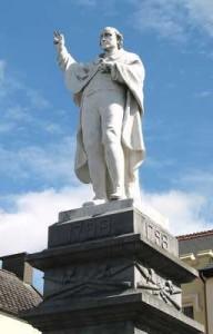 Statue to Fr. John Murphy